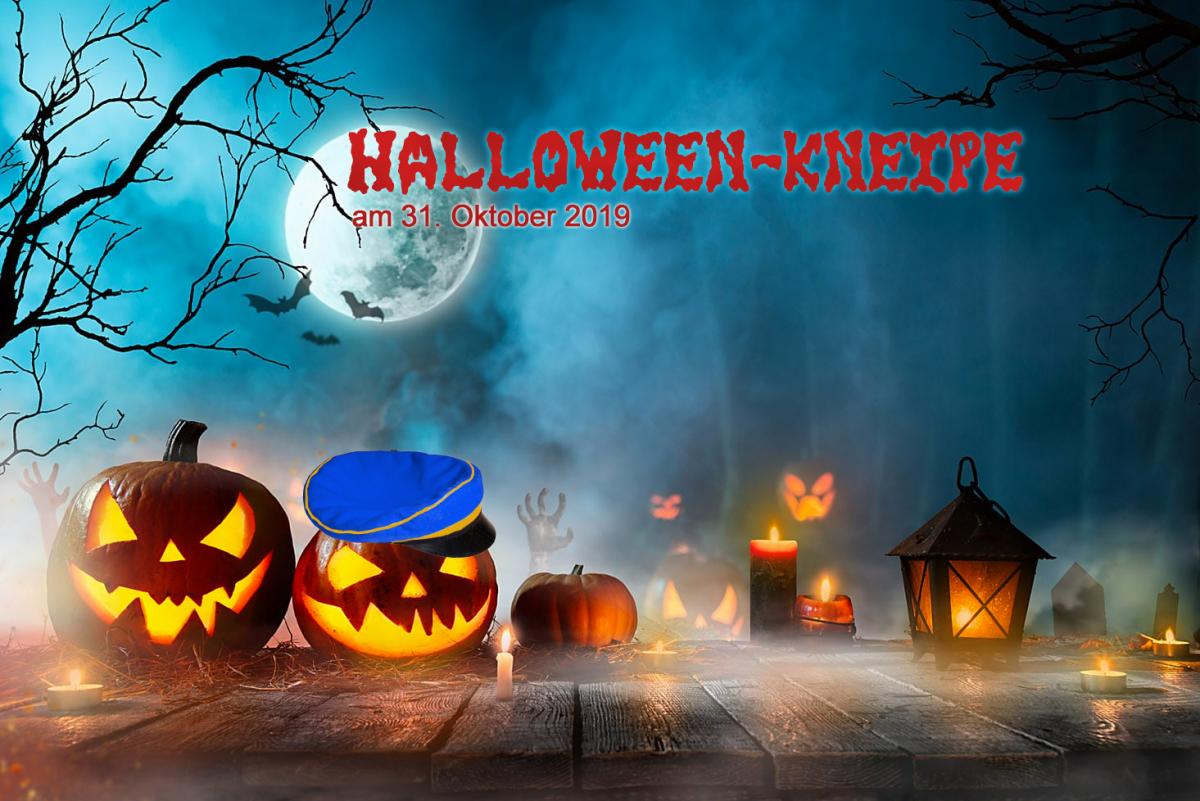 Halloweenkneipe mit Damen